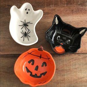 POTTERY BARN Ceramic Halloween Bowls Set of 3